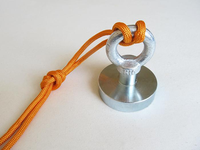 Jak uvázat uzel na magnet