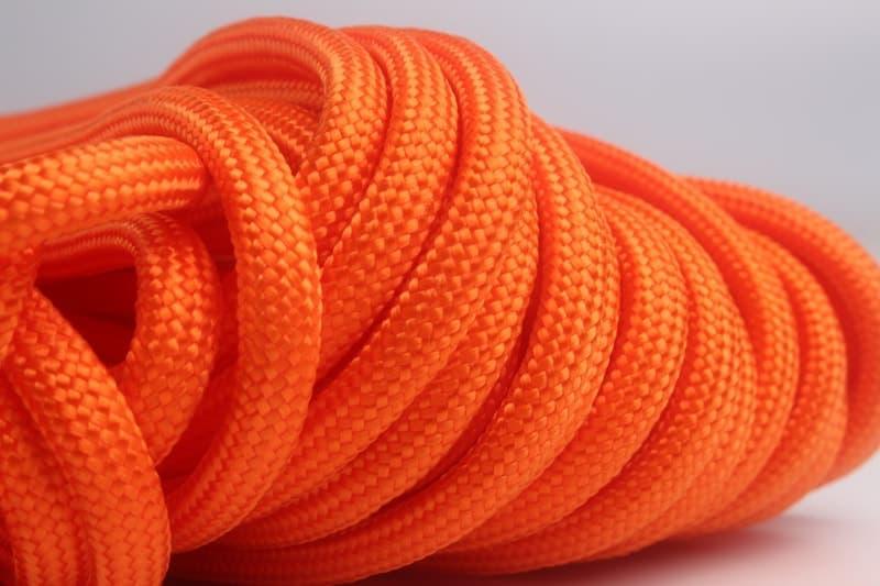 oranžový paracord
