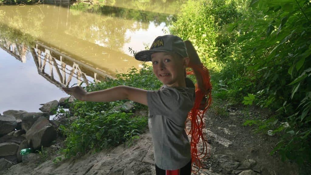 Slavomír syn u řeky